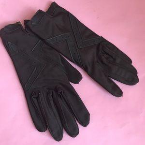 Vintage dark brown gloves